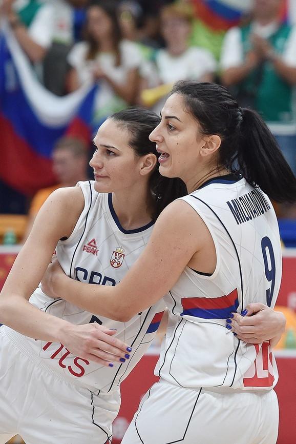 Sonja Petrović i Jelena Bruks