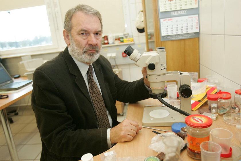 Prof. dr hab. Stanisław Ignatowicz z Zakładu Entomologii Stosowanej SGGW w Warszawie
