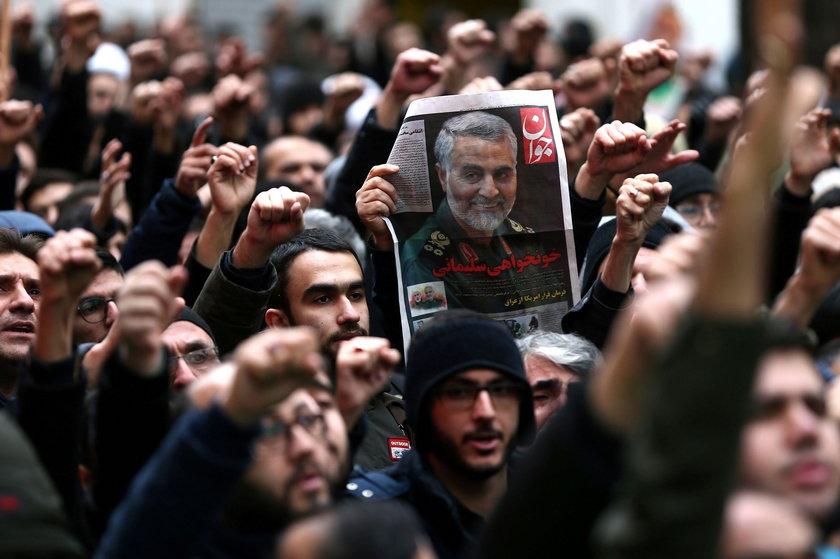 Władze Iranu oskarżają przywódcę USA o morderstwo i terroryzm