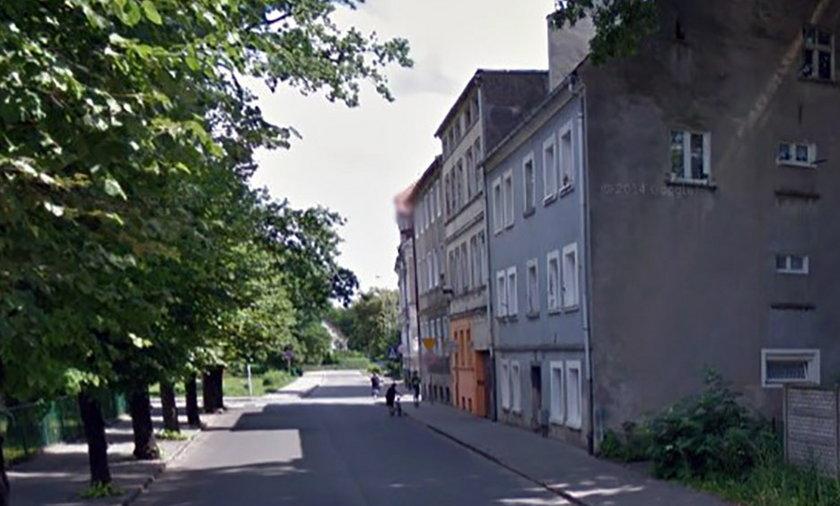 Mężczyzna raniony nożem zmarł na ul. Tkackiej