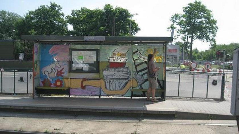 """Akcja """"Przystanek jak malowany"""" w Poznaniu"""