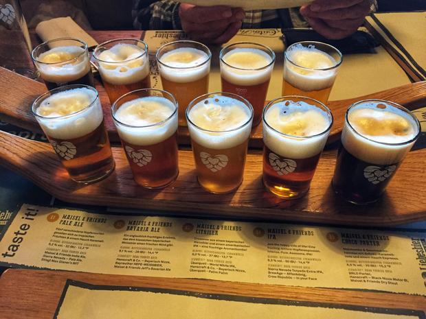 Maisel's Bier-Erlebnis-Welt.  Drobna degustacja piwa