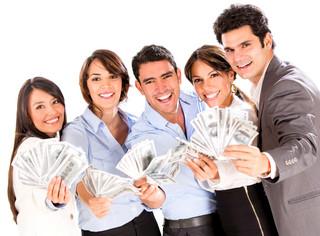 Banki płacą za polecanie ich innym. Ale i tak zyskują na tym najbardziej