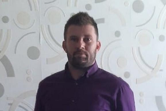 STIGLI NALAZI OBDUKCIJE Utvrđen uzrok smrti fudbalera koji je poginuo posle PADA SA PETOG SPRATA dok je popravljao roletnu u Pančevu