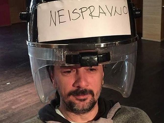 Fotka Vojina Ćetkovića zbog koje je SRBIJA ODLEPILA: Svi ga pitaju KAKO SU MU ĆERKE REAGOVALE NA OVO