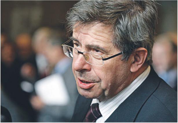 Niezwykle ostro wypowiadał się prof. Andrzej Zoll, przewodniczący Komisji Kodyfikacji Prawa Karnego.