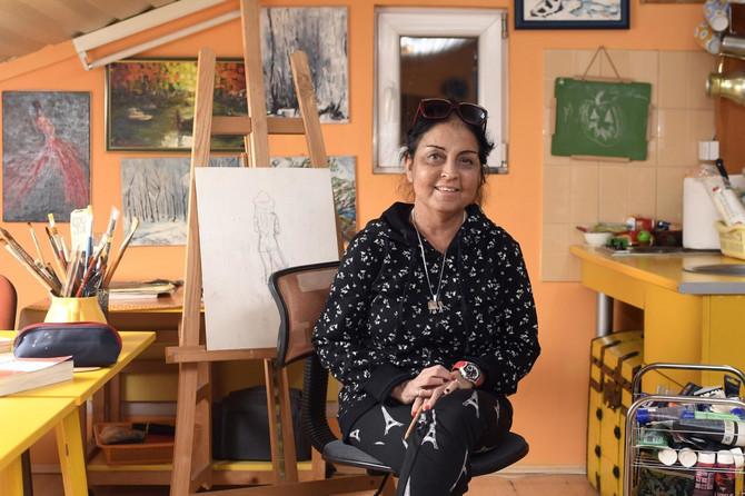 Viktorija Tamaši Babić bavi se slikarstvom: na novodsadskoj Akademiji je diplomirala i magistriala na odseku iz ove umetnosti