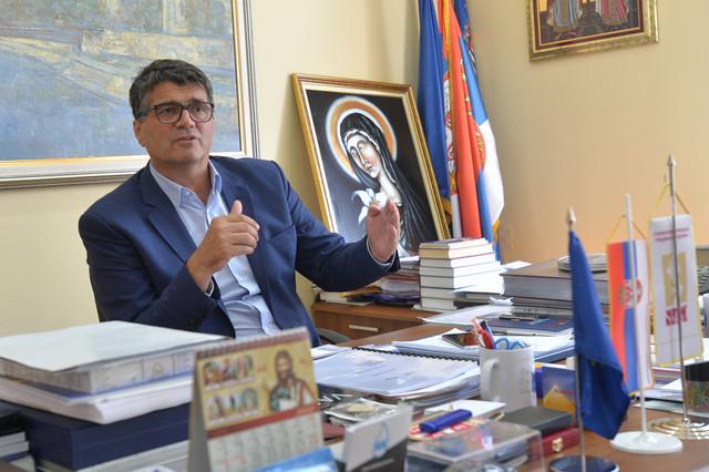 Darko Bulatović snosi odgovornost za širenje korone u Gerontološkom centru u Nišu