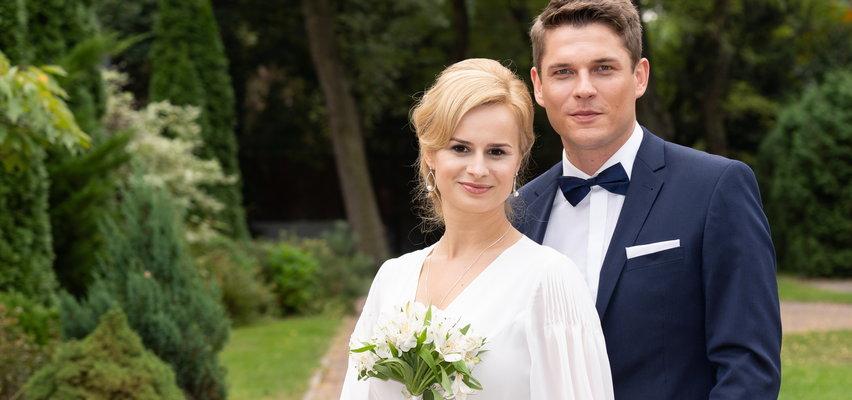 """""""M jak miłość"""" po wakacjach. Sonia i Janek wrócą do Grabiny. Czy ich życie nie będzie zagrożone?"""