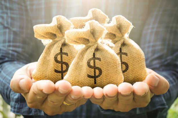 Projekt ustawy był konsultowany z organizacjami skupiającymi instytucje obowiązane, m.in. banki i pozabankowe instytucje finansowe.