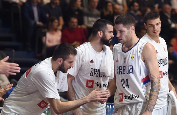 Košarkaši pobedili Grčku za korak bliže Mundobasketu