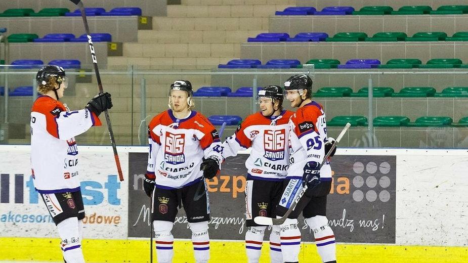 Czwórka zawodników z Finlandii w barwach Ciarko STS Sanok