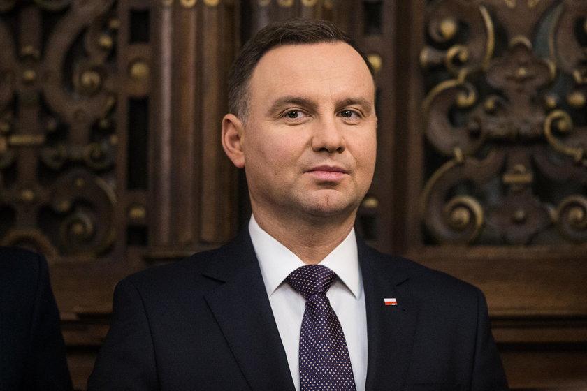 Duda o konflikcie z Macierewiczem: To on może to przeciąć