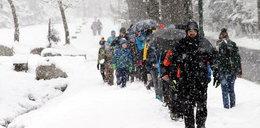 Najwyższy stopień zagrożenia lawinowego w Tatrach. TOPR ostrzega