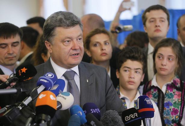 Petro Poroszenko. Fot. EPA/SERGEY DOLZHENKO