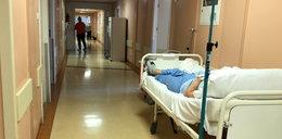 Kobieta czekała kilkanaście godzin na pomoc. Zmarła pod okiem lekarki
