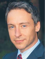 prof. Robert Grzeszczak specjalista w dziedzinie prawa europejskiego i konstytucyjnego, Katedra Prawa Europejskiego, Wydział Prawa i Administracji Uniwersytetu Warszawskiego