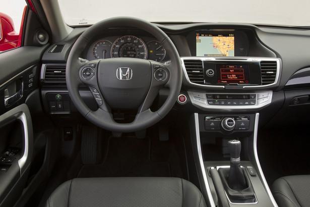 Honda - City-Brake Active System działa przy prędkościach jazdy poniżej 30 km/h.