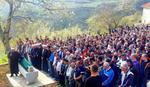 SUZE NA LICU, TUGA U SRCU Sahranjen mladić koji je poginuo kada je automobilom sleteo u Jablaničko jezero
