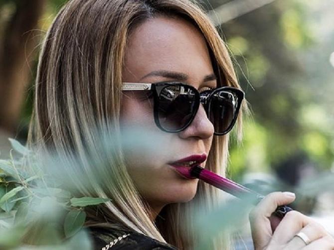 Više od 80.000 Srpkinja ne kreće u drogeriju, dok ne čuje NJEN SAVET: Ana nema šefa, ni radno vreme, i radi posao o kojem mnoge žene sanjaju