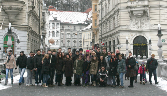 Učenici Politehničke škole na Prešernovom trgu u Ljubljani