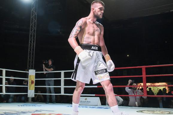 SVADBA, PA BORBA! Veljko Ražnatović ponovo u ringu: Treniram NIKAD JAČE, spremam poklon za sve Srbe preko Drine!