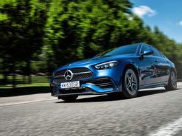 """Nowy Mercedes klasy C – """"Baby Benz"""" wydoroślał"""