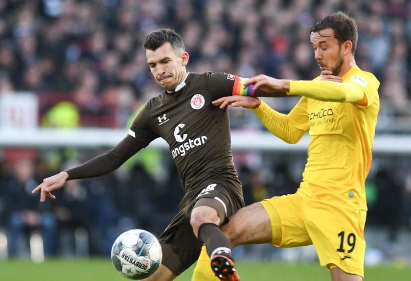 Od pięciu gra w Sankt Pauli.