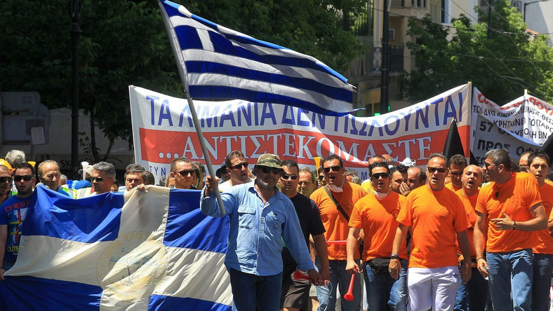 Greccy demonstranci domagają się od rządu rezygnacji z programu oszczędności