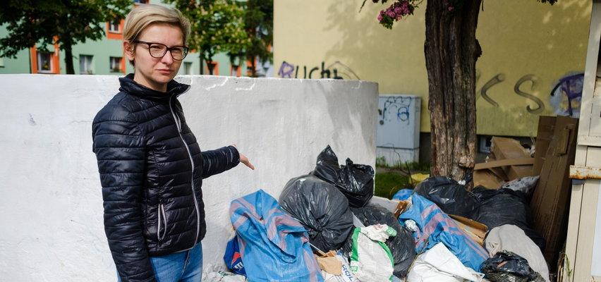 Śmieciowy pat w Rudzie Śląskiej. Miasto tonie w odpadach, mieszkańcy wściekli na urzędników