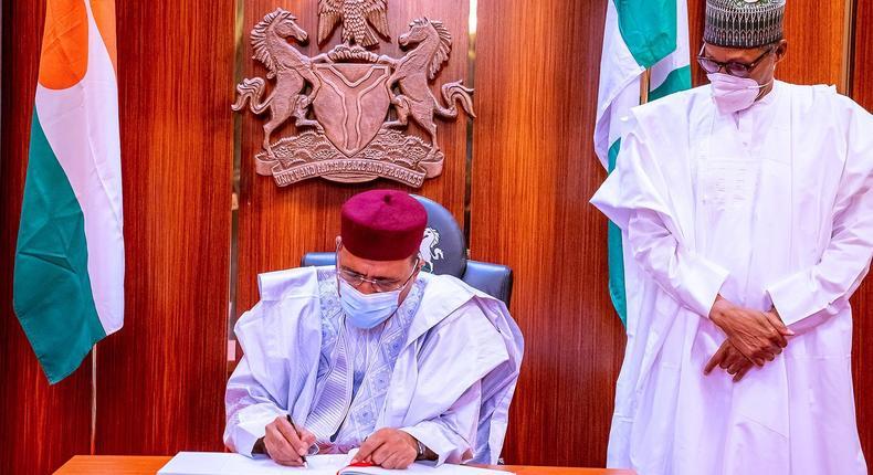 President Muhammadu Buhari receives his Nigerien counterpart, Mohamed Bazoum, at the Presidential Villa, Abuja on Monday, April 19, 2021. [Presidency]