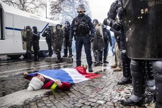 Ambasada Polski w Paryżu ostrzega: W sobotę manifestacje 'żółtych kamizelek'