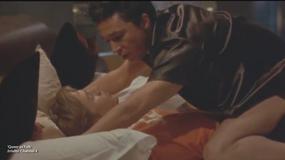 """Charlie Hunnam nie boi się scen intymnych w adaptacji """"50 twarzy Greya"""" - Flesz filmowy"""