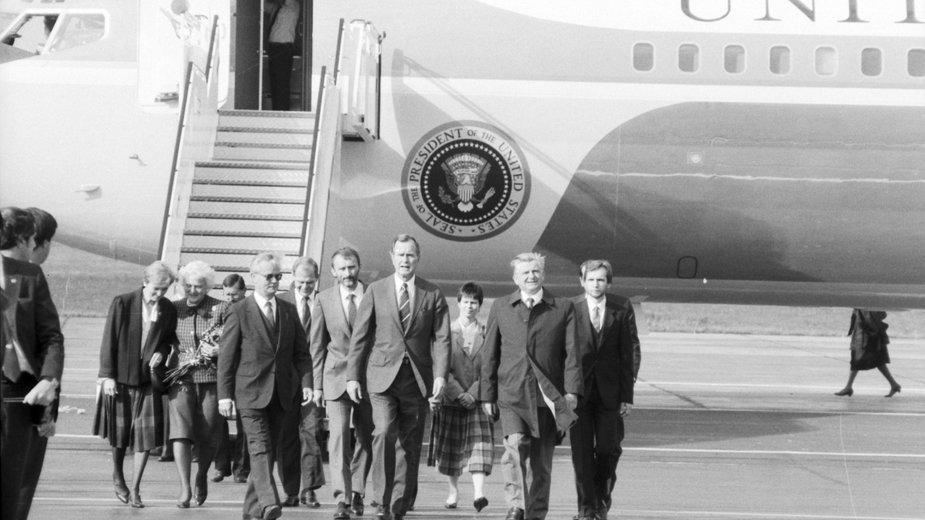 Powitanie George H. Busha na Okęciu