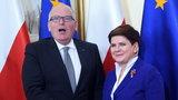 Politycy się błaźnią, a Polska na tym traci