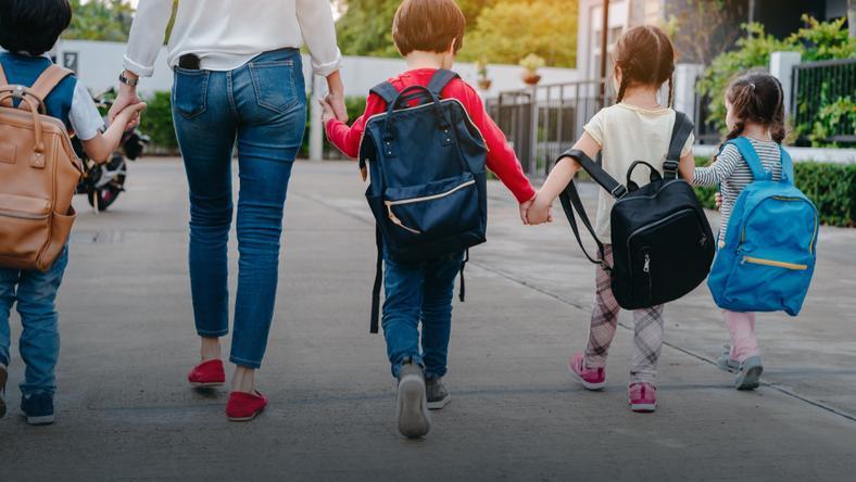 Co Z Matkami Ktore Maja Czworke Dzieci I Pracowaly One Nic Nie