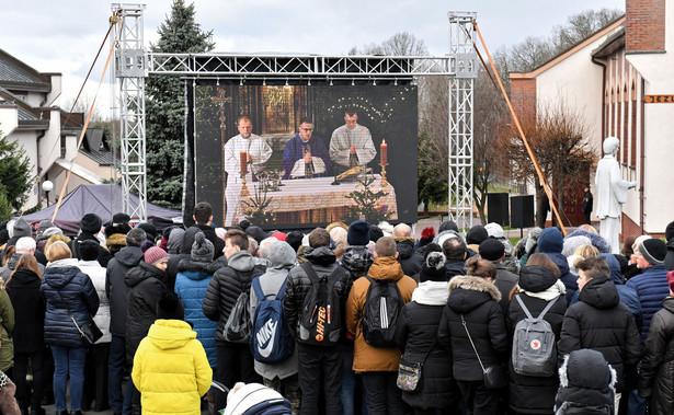 W organizacji uroczystości pogrzebowej rodziny wspiera miasto Koszalin.