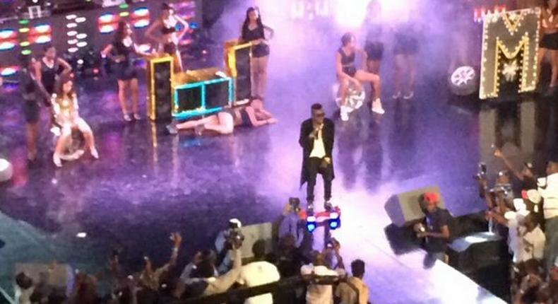 Shatta Wale performs with hoverboard at 4Syte Music Video Awards