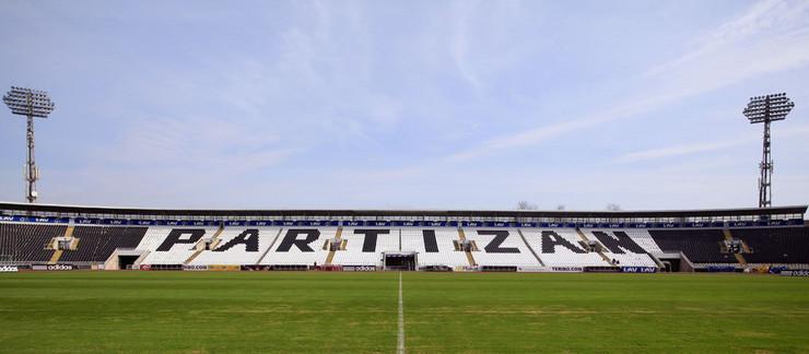 440681_stadionnaslovna--fkpartizan.rs