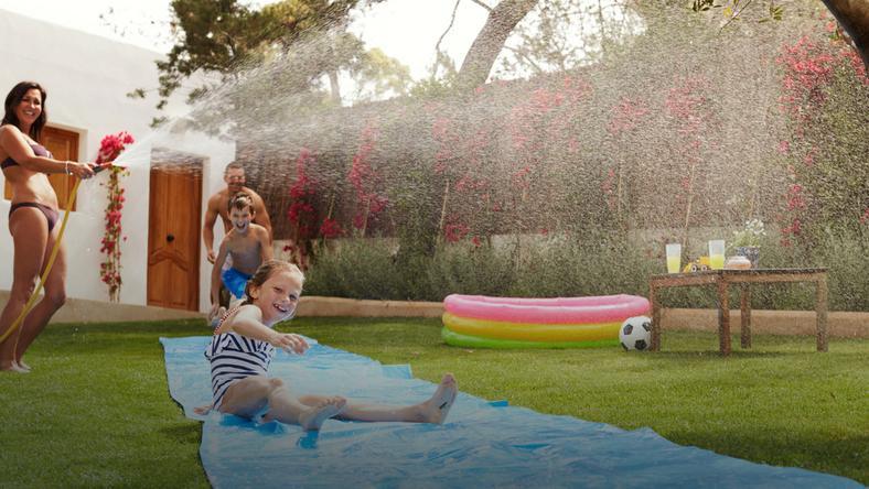Jakie Ogrodowe Zabawki Wybrać Trampoliny Baseny Wodne