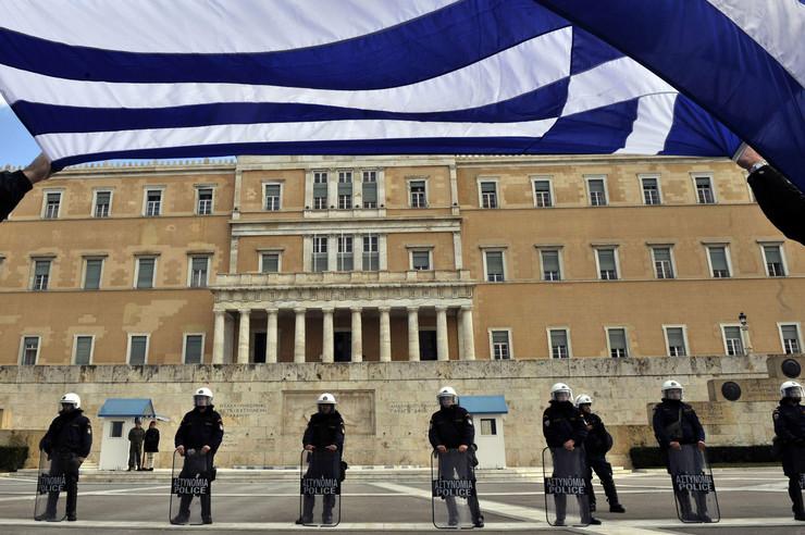 113771_grcka-protest-parlament-afp