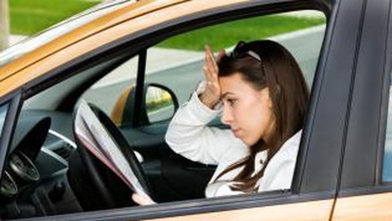 Jak młody kierowca może zaoszczędzić na OC samochodu