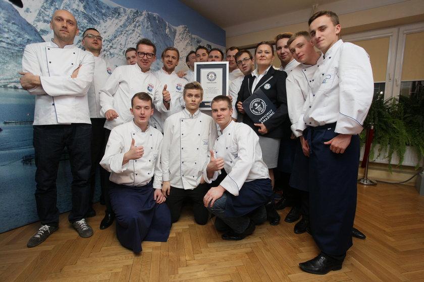 Bicie rekordu Guinnessa w wielkości sushi