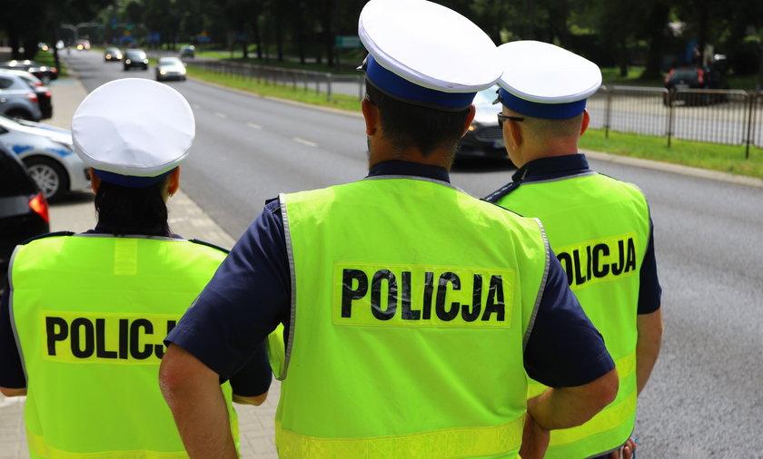 Setki policjantów przebywa zwolnieniach lekarskich. Zdjęcie ilustracyjne.