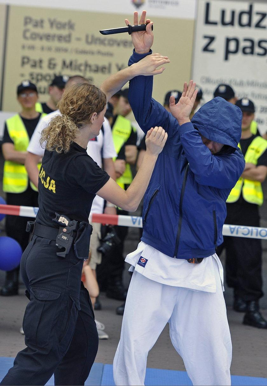 Policjanci pokażą w Gdyni jak się bronić