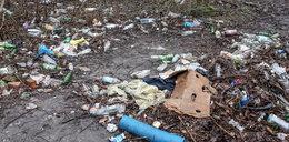 Śmieci zalewają Kapelankę