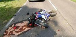 Motocyklista gnał 200 km/h. Przeżył dzięki...