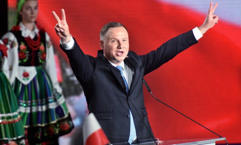 Mija pierwszy rok drugiej kadencji Andrzeja Dudy. Sprawdzamy dorobek prezydenta,