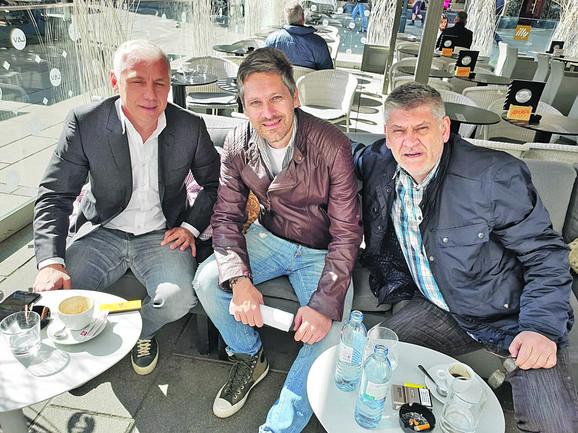 Vladimir Jugović sa našim saradnikom Nebojšom Petrovićem i Milošem Topalovićem