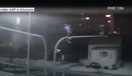 Jechali pod prąd, stracili panowanie nad pojazdem i uderzyli w budynek